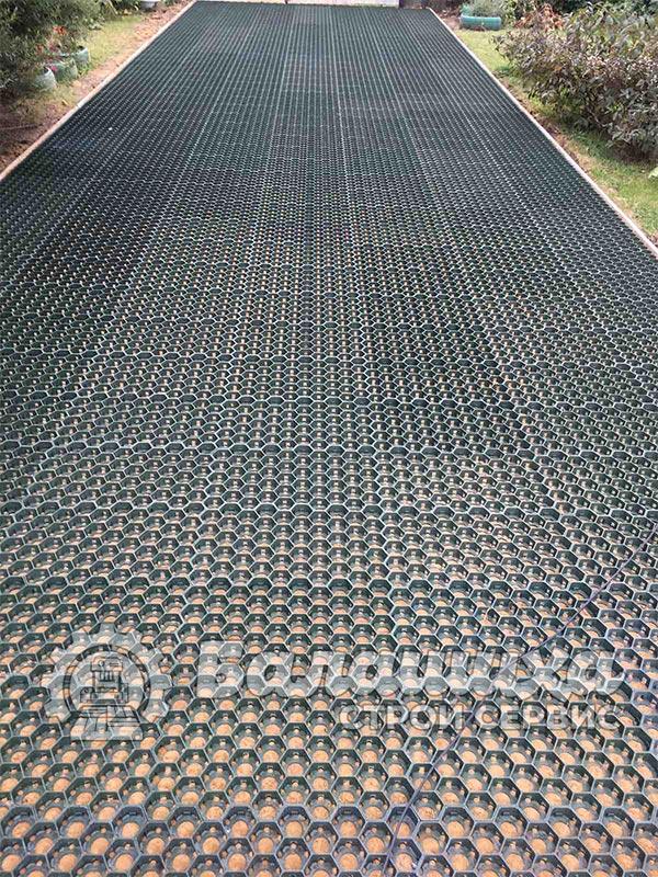 укладка плитки газонная решетка фото 3